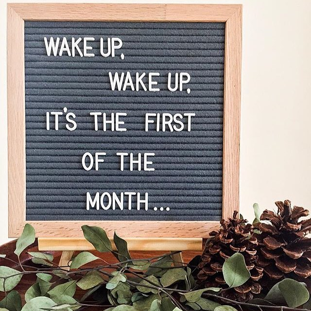 Late Post or whateva. 📸 via @thelallaves Happy December, homies! Time to get up, get out, and get some [gifts for the holidays] 💚✌🏽 #naturallydope #1stofdamonth