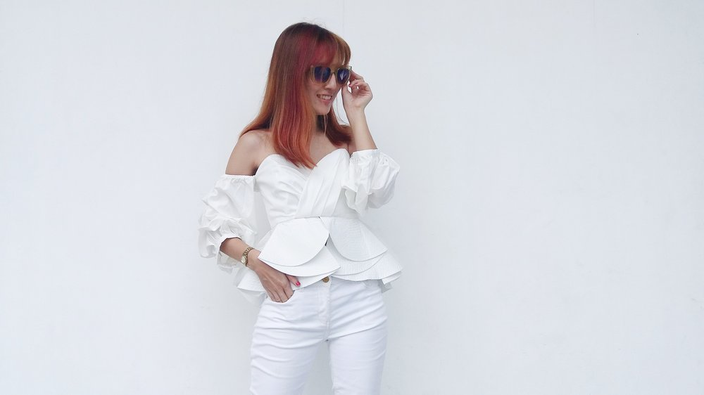 LOOK EVER-SO-VIBRANT, FUN, AND YOUTHFUL IN A CHIC WHITE ENSEMBLE -