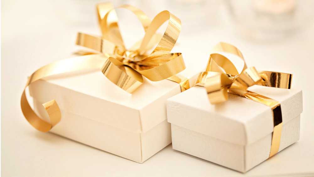 thoughtful gift ideas for the bride and groom -