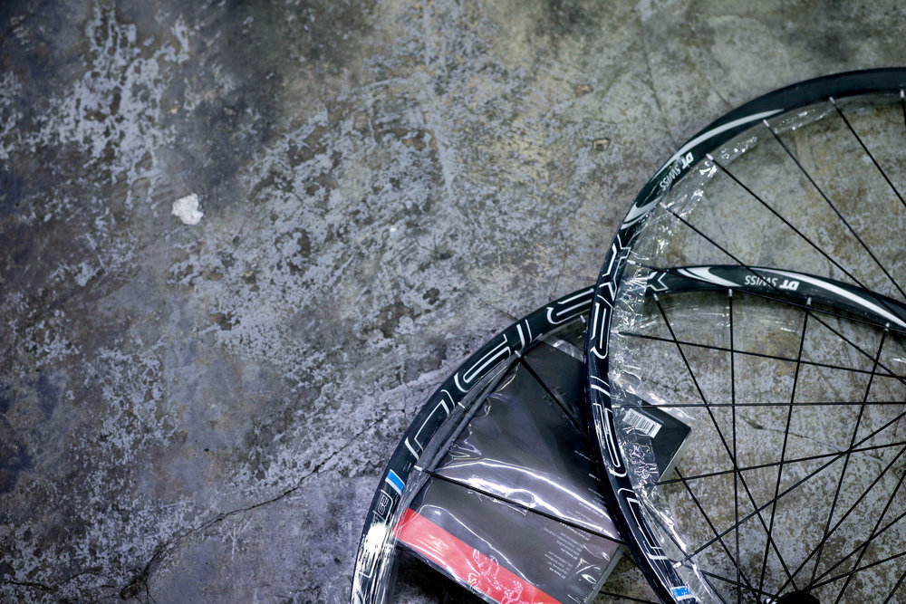 DT-Swiss XR - $680This 29er wheelset is 1520g. Front 100/15mm, Rear 142/12mm. Tubeless ready.  For more details, please drop us a query here.