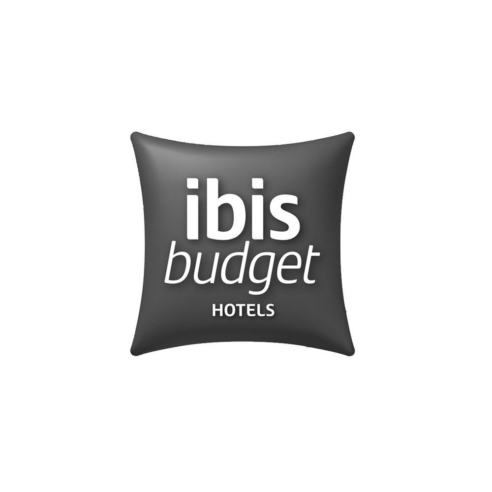 IBIS BUDGET bw.jpg