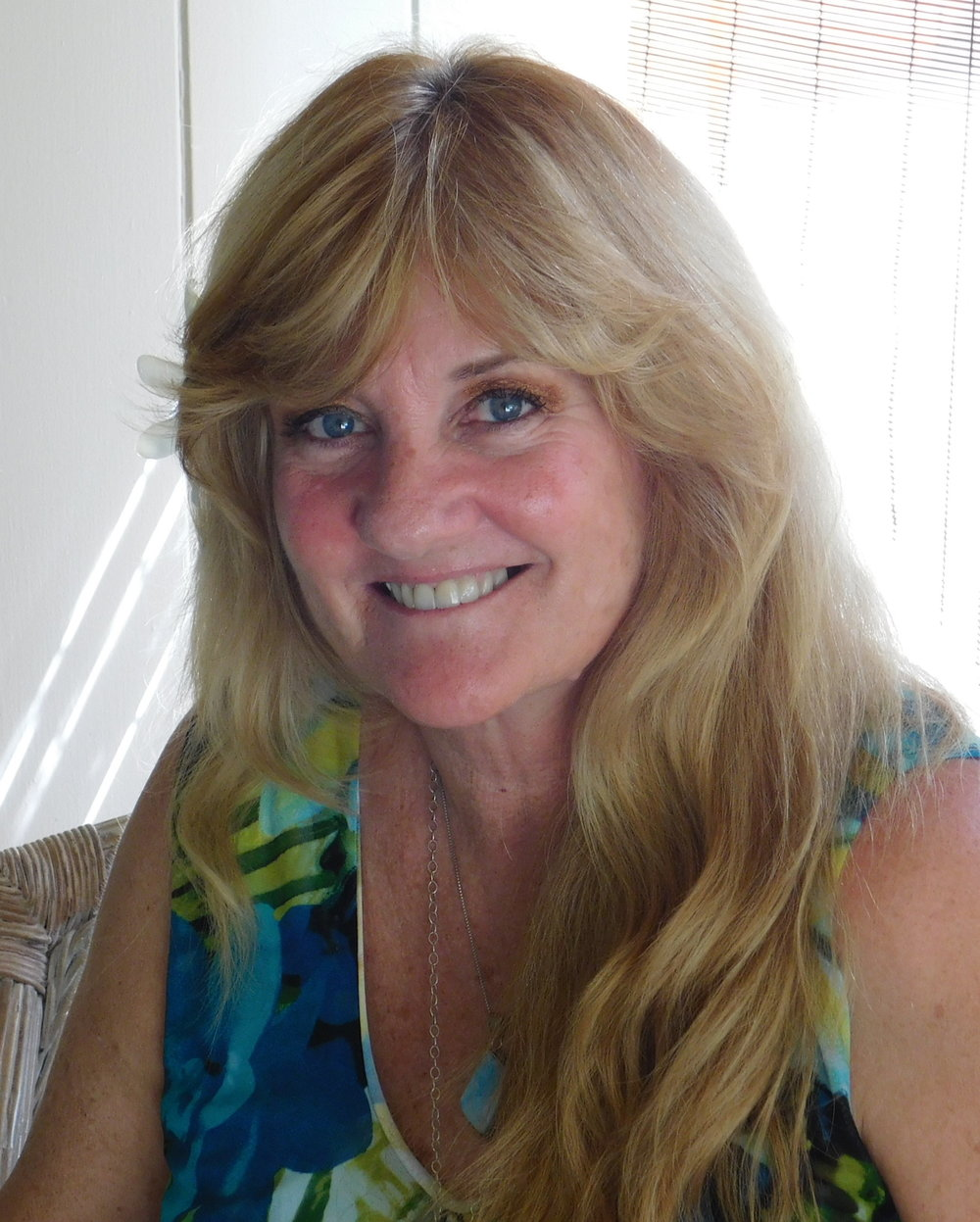 Transformational Hypnotherapy Hawaii - Booth #16Want some answers to solve a problem or make a decision? Bring your question and find the answers you seek deep inside with the help of a Psychic Card Reading or Empathic, Trance State Induction Process.Expo Special - $49 - 30 minute or $79 - 55 minute Free crystal pendulum included.