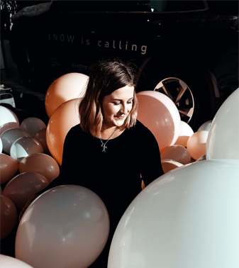 Grace Withy - Boss Babe at  L  unar Balloons
