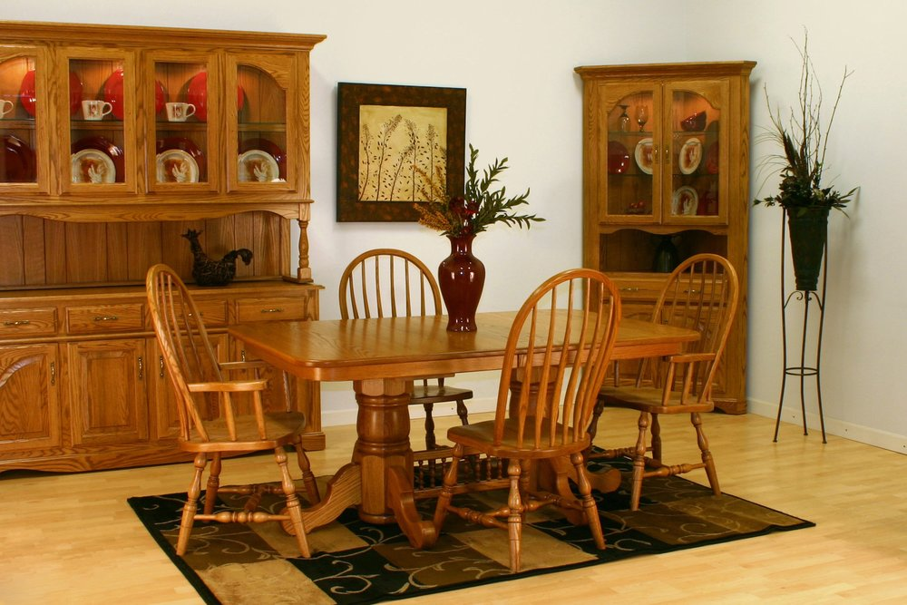 wood-dining-room-chairs-retro-style.jpg
