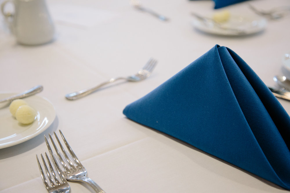 etiquette-dinner-2017_34143915936_o.jpg