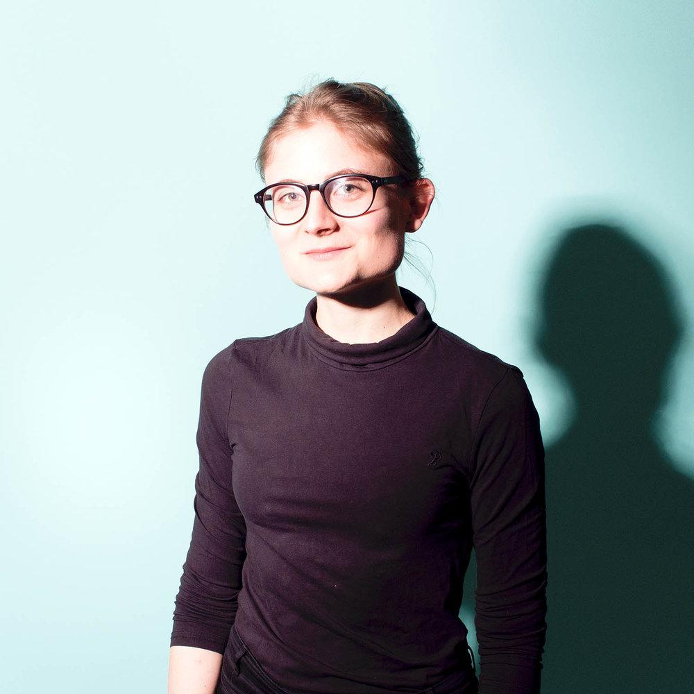 Hannah Robold - Hannah ist das gestalterische Mastermind hinter allen Kommunikationsmitteln und Methodentemplates des Ideenlabors. Seit ihrem Praktikum im vergangenen Jahr haben wir sie einfach nicht mehr gehen lassen!
