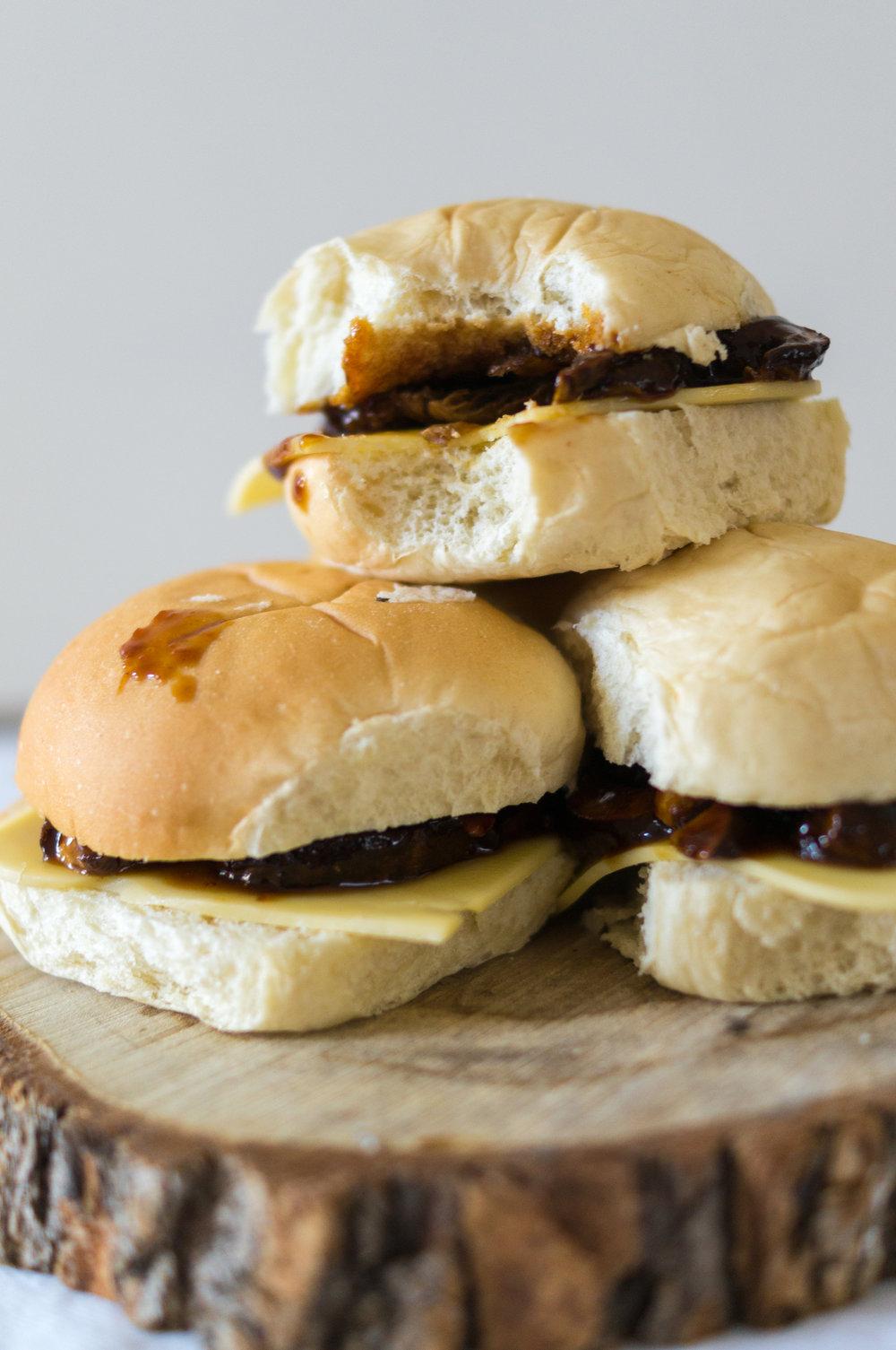 mushroom burgers-11.jpg