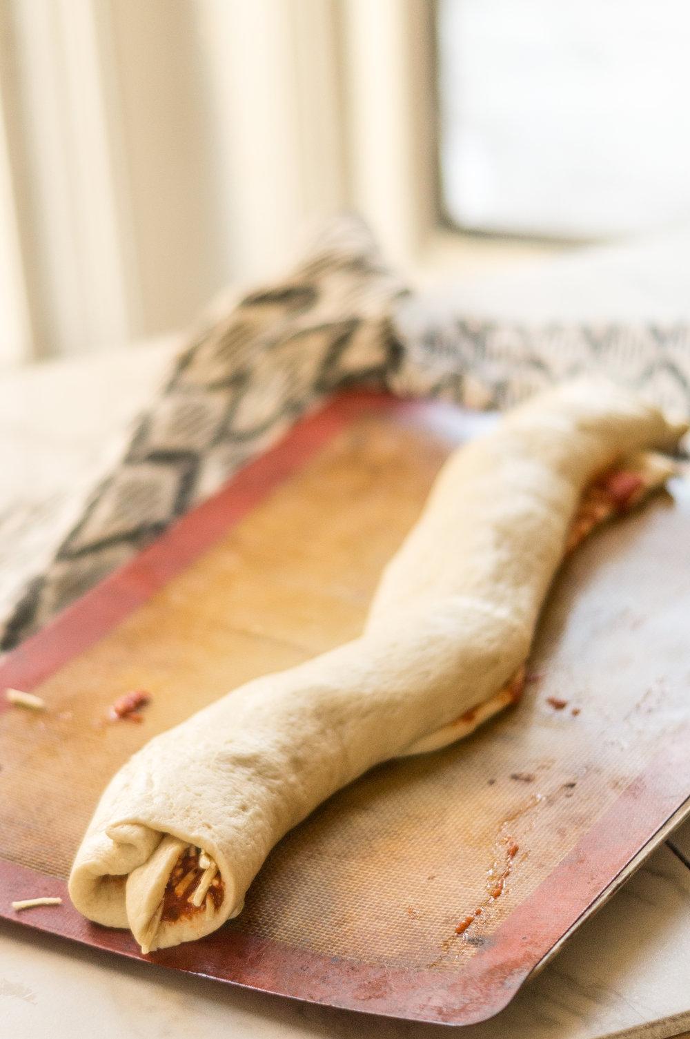 i am rorie, i am rorie recipes, whole foods, vegan food, vegan snacks, vegan sport food, vegan super bowl recipes, super bowl recipes, vegan pizza, pizza, homemade pizza rolls, vegan pizza rolls, pillsbury pizza crust, daiya vegan cheese, daiya vegan mozzarella, mozzarella, vegan mozzarella, tomato sauce, pizza sauce, vegan pizza crust, chicago vegan blog, vegan blogger, vegan recipes, chicago blogger, food blogger, vegan food blogger, delicious vegan food, i am rorie food, vegan comfort food, vegan party food, party food recipe, vegan party food recipe, vegan party recipe