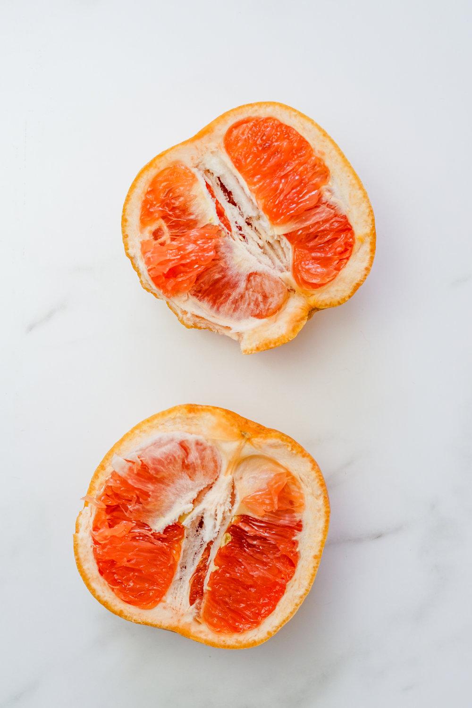 imperfect produce, grapefruit avocado salad, summer inspired salad, summer salad, arugula, mango, grapefruit, avocado, i am rorie recipe, i am rorie salad recipe, pepitas, pumpkin seeds, toasted pumpkin seeds, balsamic vinegar, shallot, avocado oil, easy summer salad recipe, salad recipe using fruit, how to use a grapefruit,