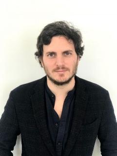 Ignacio Álvarez Sáez Gerente General y Chief Growth Officer Logan