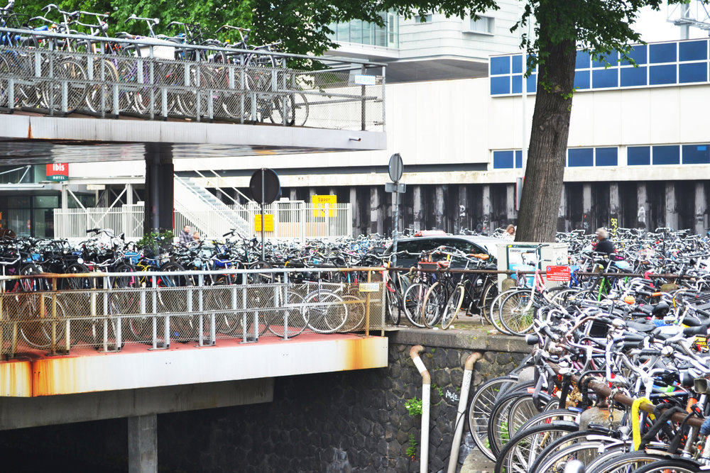 urbanbacklog-amsterdam-bicycle-city-4.jpg