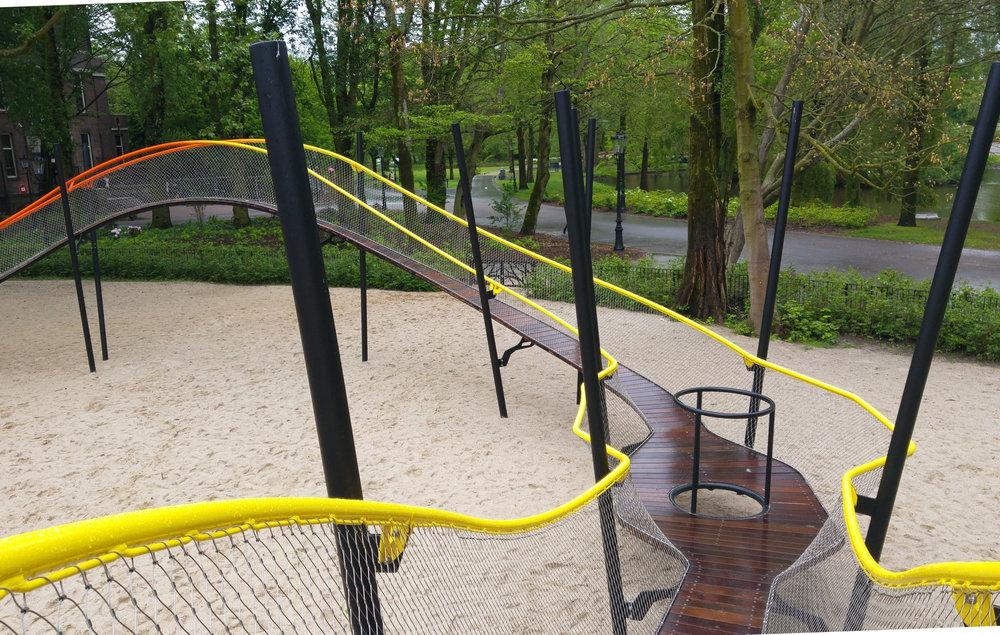 urbanbacklog-amsterdam-oosterpark-play-garland-6.jpg