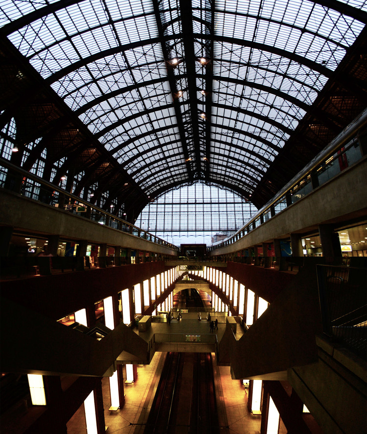 urbanbacklog-antwerp-central-station-3.jpg