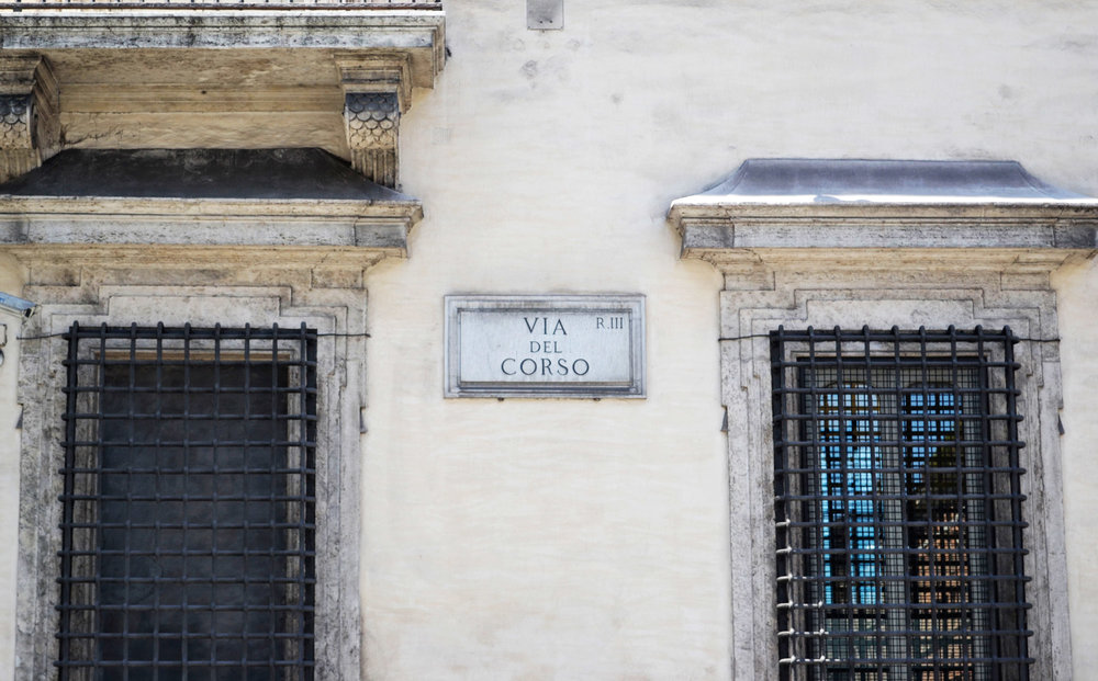 urbanbacklog-rome-street-signage-1.jpg