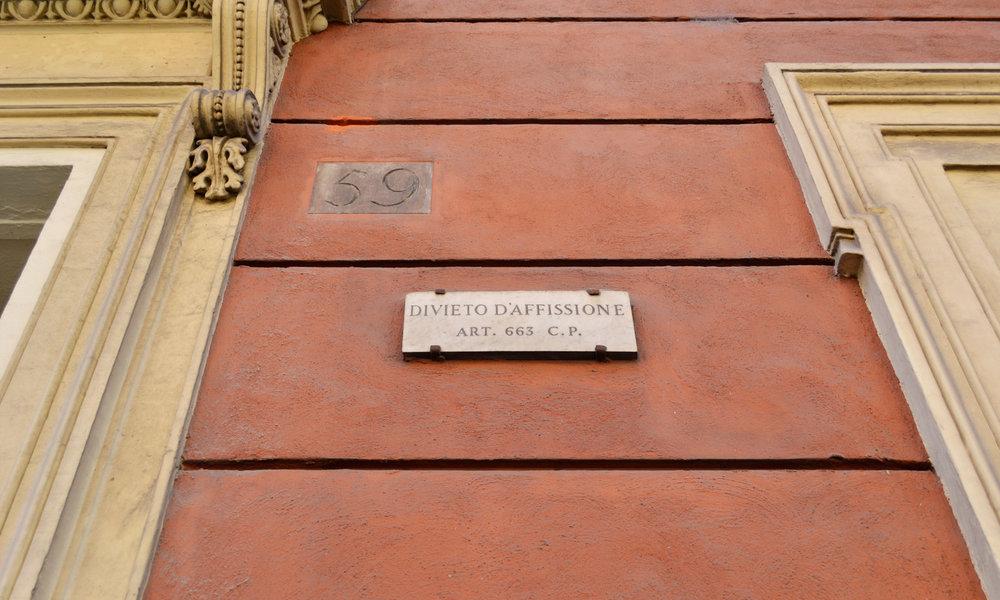 urbanbacklog-rome-street-signage-3.jpg