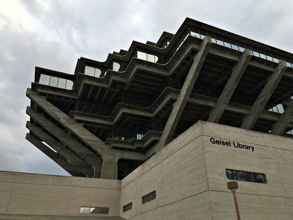 urbanbacklog-san-diego-geisel-library-4.jpg