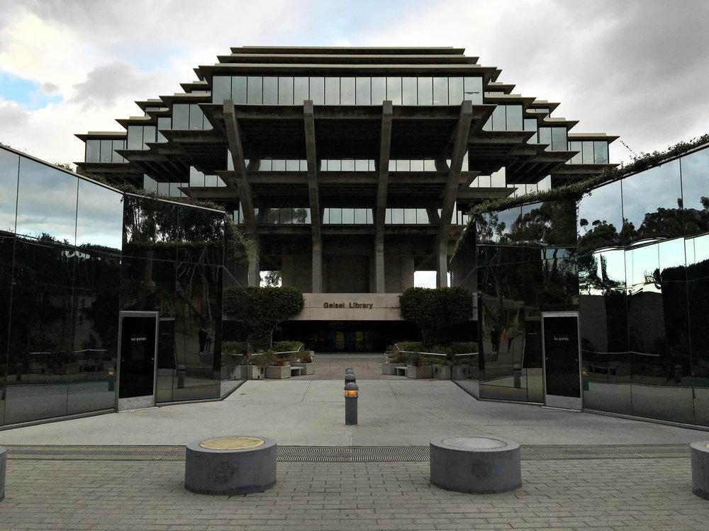urbanbacklog-san-diego-geisel-library-5.jpg
