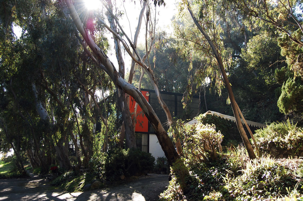 urbanbacklog-acanthus-los-angeles-eames-house-3.jpg