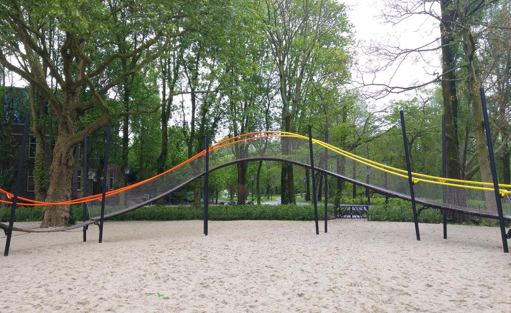 urbanbacklog-amsterdam-oosterpark-play-garland-2.jpg