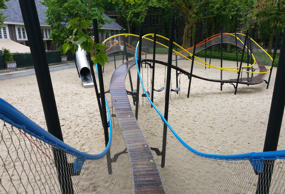 urbanbacklog-amsterdam-oosterpark-play-garland-5.jpg