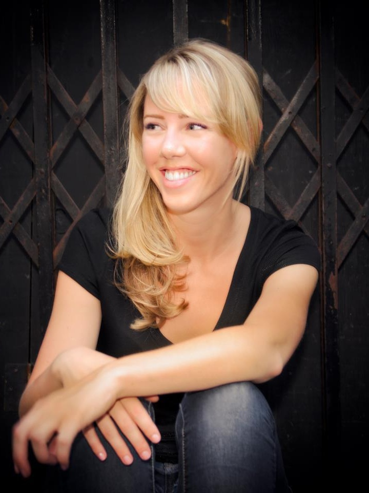 MAKENZIE CHILTON - Career coach, Love Your Mondays and Sphere GuideMakenzie is a career coach who helps people and companies get happy at work. She has a Masters in Forensic Psychology, is a certified Emotional Intelligence practitioner and has 10+ years of business experience developing creative, supported, and efficient workplace cultures. People have described her as a teddy bear in a Harley jacket; caring, direct and protective she will push you to make sure you are achieving your career goals. She advocates for diversity, purpose-led projects, and safe work environments. Makenzie firmly believes the world would be a better place if everyone was in a fulfilling career and loved Mondays.