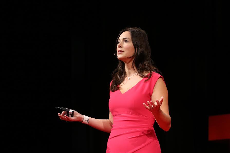 Indre Viskontas, Opera Singer and Neuroscientist. See her Ted Talk here!    https://www.youtube.com/watch?v=AJYRJ92g4GI    https://www.indreviskontas.com/