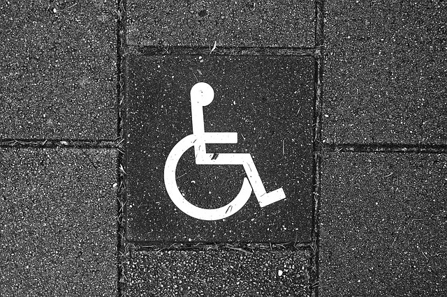 wheelchair-3105017_640.jpg