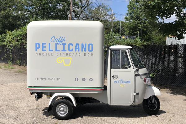 Caffe-Pellicano-mobile-espresso-bar-truck-600x400.jpg