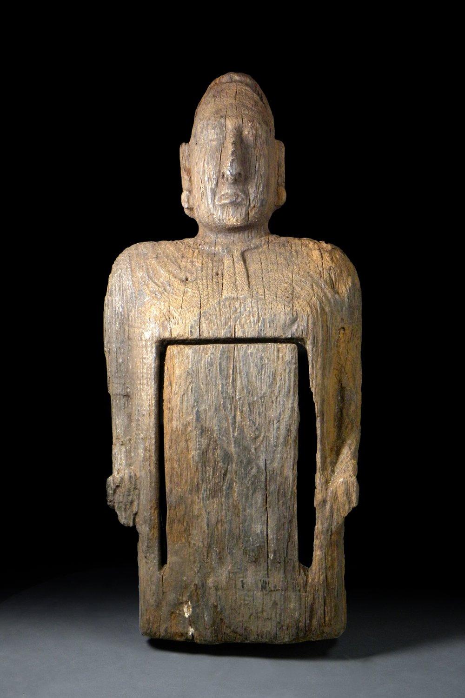 Escultura prehispánica en madera.