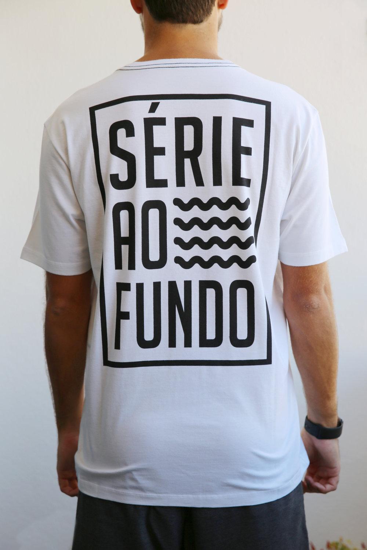 Camiseta Branca Masculina - Costas.jpg