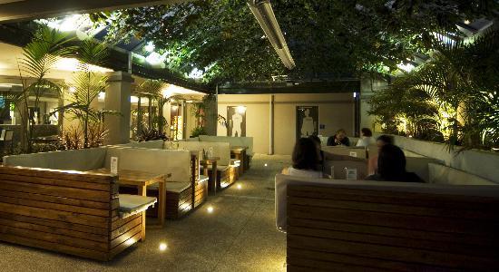 the-garden-bar.jpg