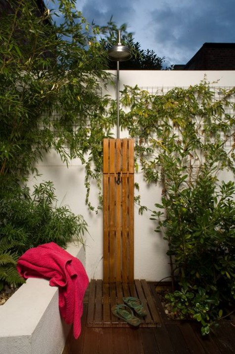 outdoor_shower_44-475x713.jpg