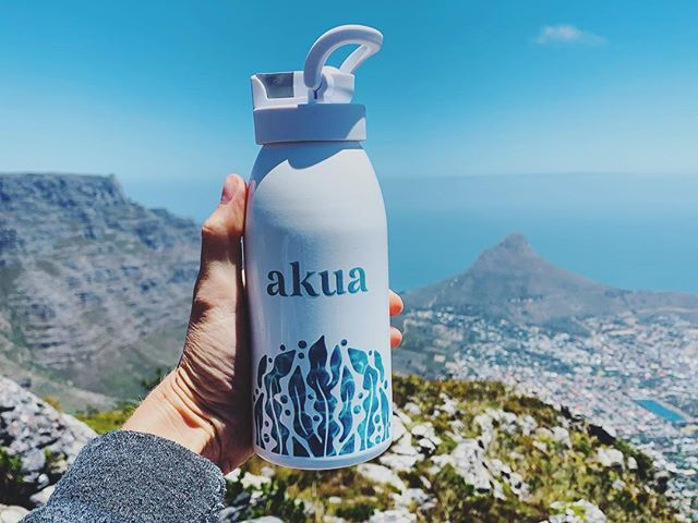 An eco-friendly water bottle made in the USA and from 100% recycled materials, for wherever your adventures take you this week ... Available soon at akua.co 💙 #lifeakua