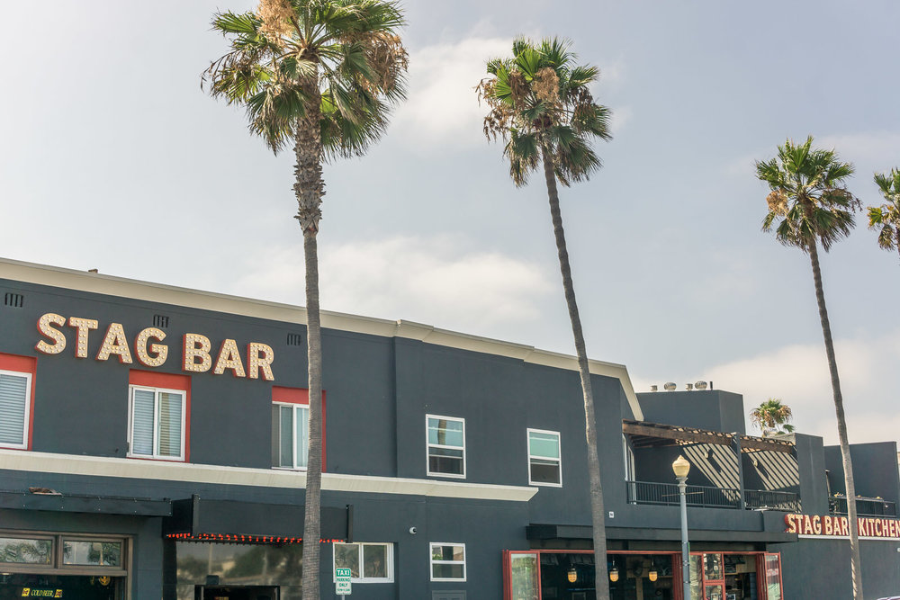 Balboa Peninsula stag bar and restaurant At Newport Beach pier