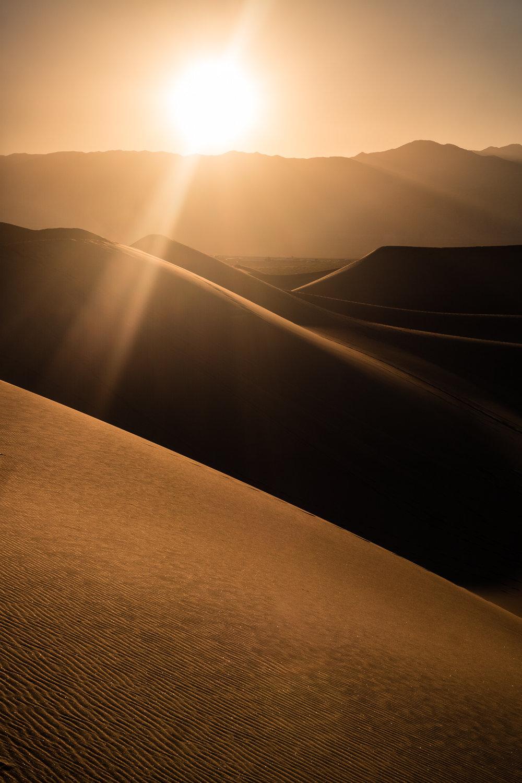 9_Death-Valley-dunes-landscape_Joseph-Barber-Studios.jpg