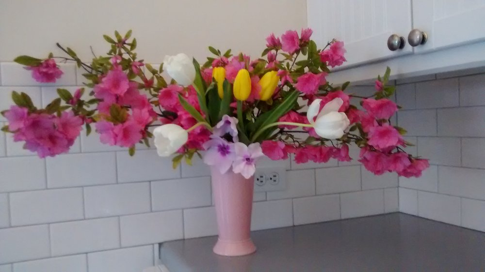 Kitchen counter top bouquet
