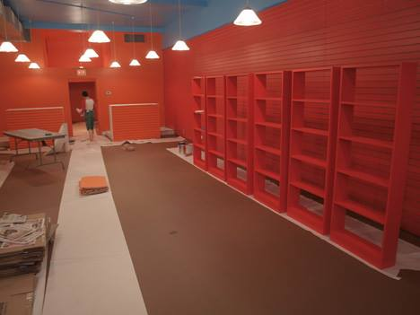 Cheerful and friendly color scheme suits the all ages customer base.