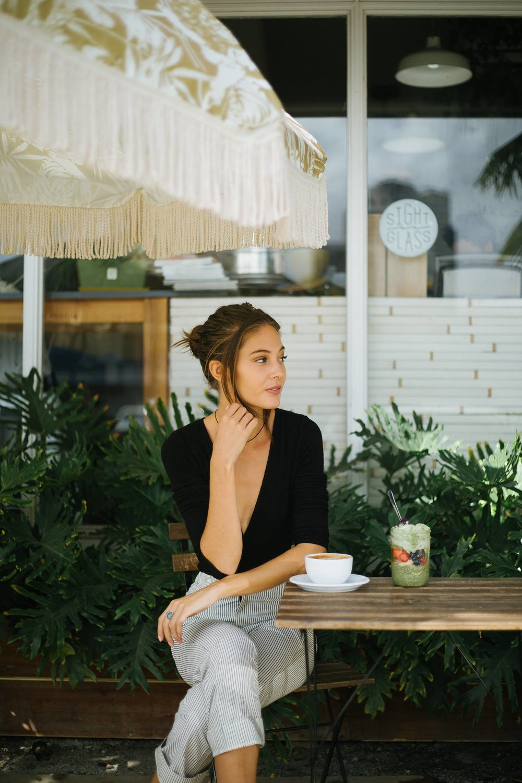 JENNIFER REYES - MODEL & INFLUENCERWWW COMING SOONSERVICE|| WEBSITE & STRATEGY