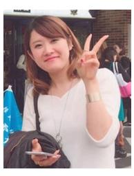 Daguchi Maiko (田口麻衣子さん) - Elle travaille à Nagomi House de 9 :00 à 18 :00.Elle est fan de BTS. Elle va même à Séoul de temps en temps pour assister à leurs concerts.Elle travaille pour le KJEJ, le programme Furusato et le programme Nagomi mais elle travaille aussi sur d'autres pôles.Elle se fera une joie de vous présenter la vie à Kumamoto et au Japon et fera tout son possible pour vous aider.Elle sera en charge de vous trouver des petits jobs sur place et vous présentera les différentes activités culturelles organisées par les habitants de Kumamoto.