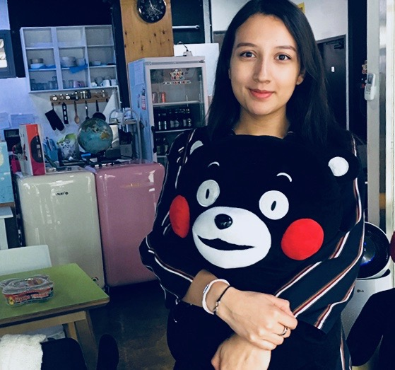 Alexandra Tamayo - Internship Period: February 19, 2018 to July 19, 2018Nationality: SpanishUniversity:University of Paris-NanterreOriginal activity: Making a new intro and outro for the YouTube Channel + uploading videos and Facebook posts about Korea and life in Korea