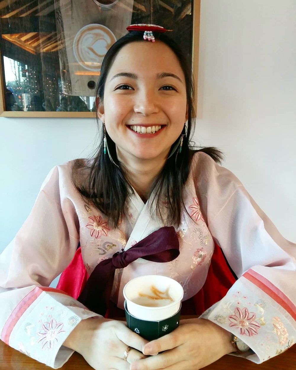 Michèle Dubeau - Hello!My name is Michèle. I am a half French half Korean 4th year BBA student at ESSEC Business School. As part of my studies, I have been working in ACOPIA during the past 6 months and a half as a Team Manager.