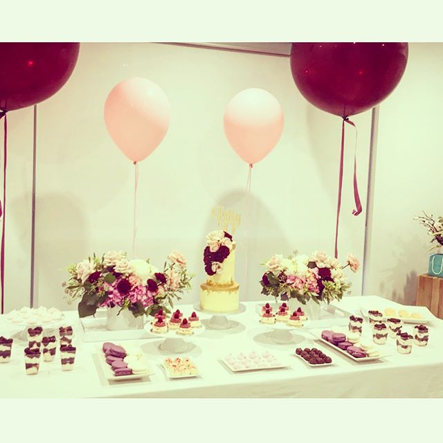 Photos from last weekends beautiful table spread 😍 #createrycakery #customcakes #sydney