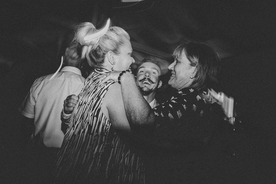 MelbourneWedding-TheFarm-AshleyBlake-703