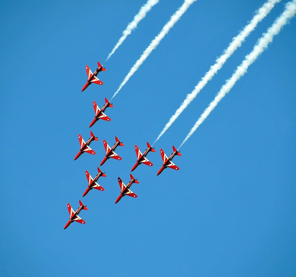 jets in unison.jpg