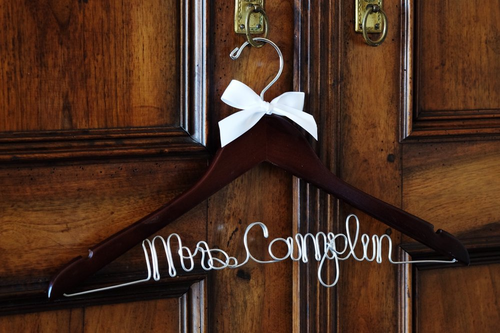 custom-wedding-hanger