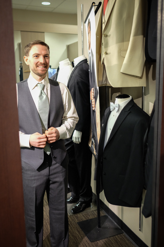 tux-fitting-mens-wearhouse