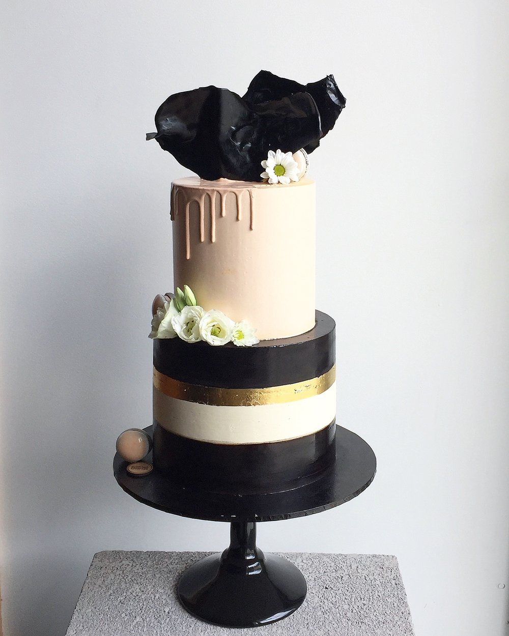 Modern and Elegant Celebration Cake
