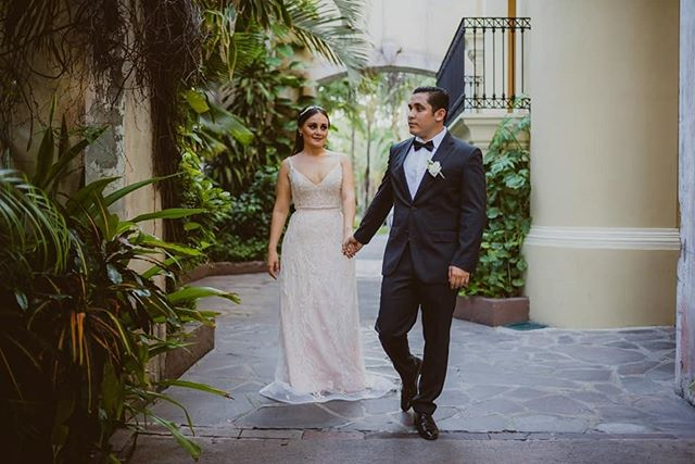 Mara & Jorge #mazatlan #boda #bodaenmazatlan #love #weddingphotographer  #weddinginspo