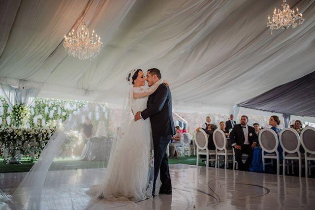 Mara & Jorge #wedding #mazatlan #bodaenmazatlan #boda #novia #bride #firstdance #love