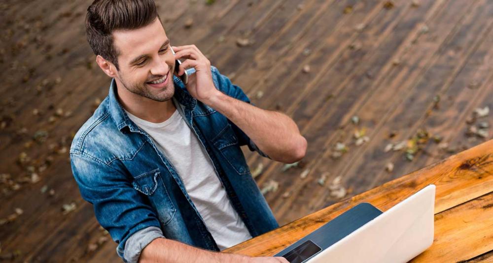 02.ENTRETIEN - Si votre startup correspond à nos critères de sélection, un anayste prend contact avec vous. Au cours d'un entretien, il vous posera des questions plus détaillées sur votre activité. L'objectif est de vérifier que votre startup peut intéresser nos Business Angels, et que les termes de la levée de fonds sont cohérents (montant recherché, valorisation, timing du closing etc…).